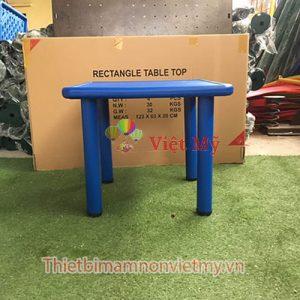 Ban Nhua Hinh Vuong Vm0205 3