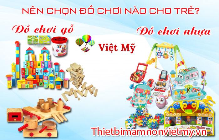 Nen Chon Do Choi Bang Go Hay Bang Nhua Cho Tre A