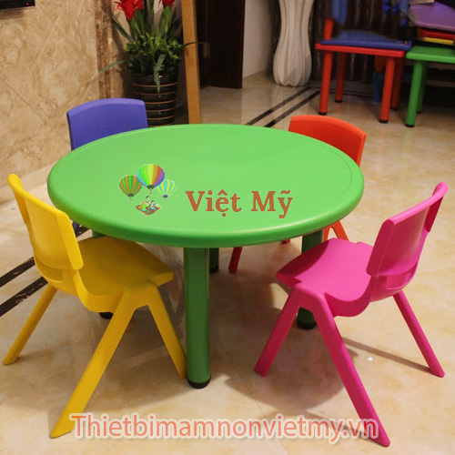 Ban Nhua Hinh Tron Vm0206 4