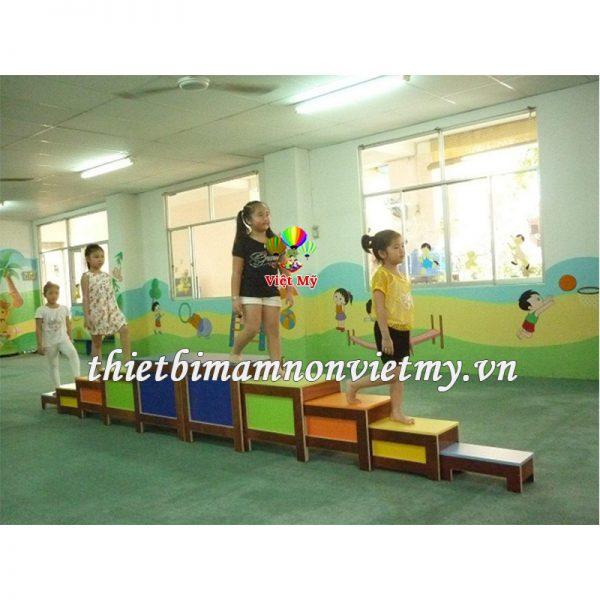 Thang Xep Ngu Sac Vm7705