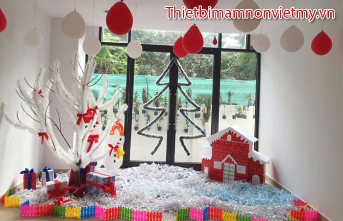 Huong Dan Trang Tri Noel Lop Hoc Mam Non Dep Nhat 12