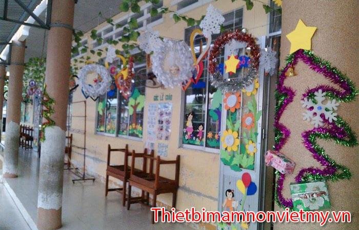 Huong Dan Trang Tri Noel Lop Hoc Mam Non Dep Nhat 4