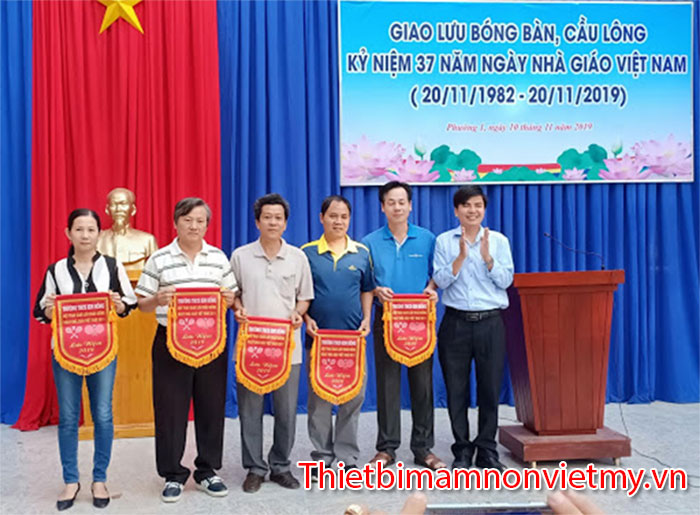 Y Nghia Ngay Nha Giao Viet Nam 20 Thang 11 12