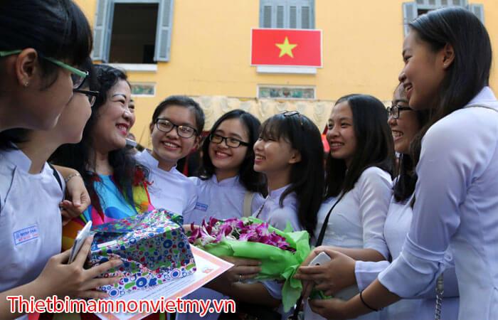 Y Nghia Ngay Nha Giao Viet Nam 20 Thang 11 20