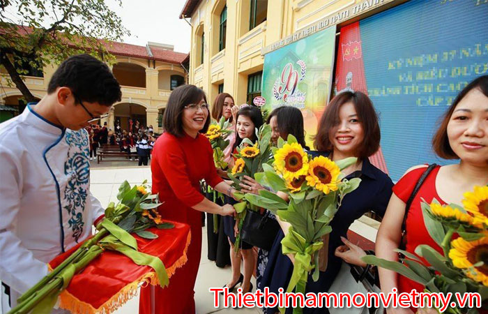 Y Nghia Ngay Nha Giao Viet Nam 20 Thang 11 7