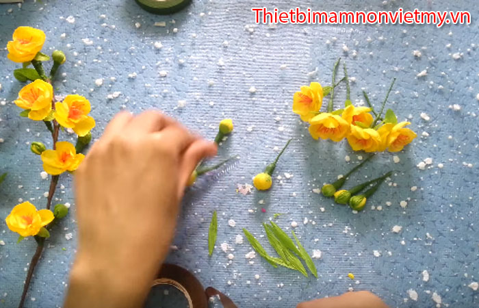 Huong Dan Trang Tri Cay Mai Gia Ngay Tet Cuc Dep 6
