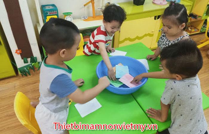 Giay Khong Bi Uot Khi To Sap Mau 2