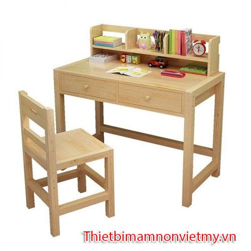 Kinh Nghiem Chon Mua Ban Ghe Cho Be Mam Non 7